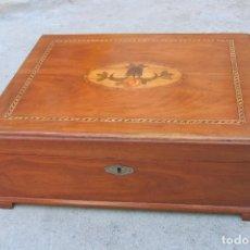 Antigüedades: CAJA TOCADOR EN MADERA DE CEREZO Y MARQUETERIA.. Lote 81907236
