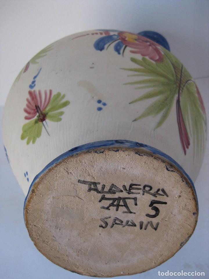 Antigüedades: Muy bonito botijo, de cerámica esmaltada cocida, de Talavera de la Reina. - Foto 5 - 81919400
