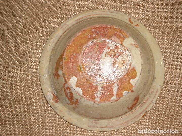 Antigüedades: ANTIGUO PLATO CERAMICA CATALANA DE LA BISBAL. MUY BUEN ESTADO. - Foto 3 - 81934088