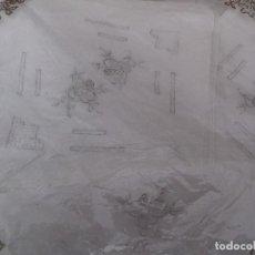 Antigüedades: CUATRO BONITOS PAÑUELOS DE BATISTA BORDADOS A MANO, SIN ESTRENAR. . Lote 81944496