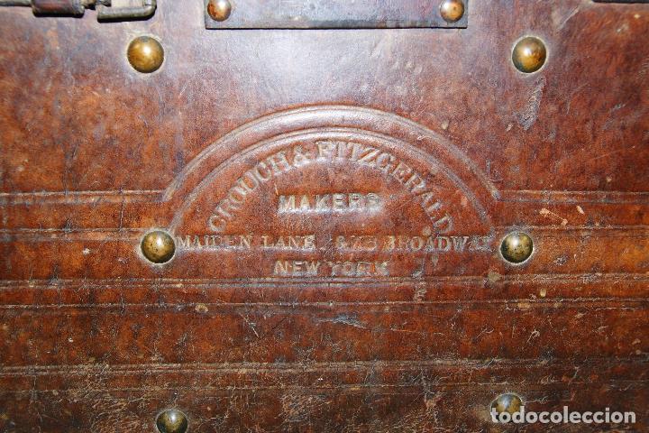 Antigüedades: ESPECTACULAR Y ÚNICO BAÚL DE CUERO FABRICADO EN NEW YORK POR LA CASA CROUCH & FITZGERALD - SIGLO XIX - Foto 2 - 82017528