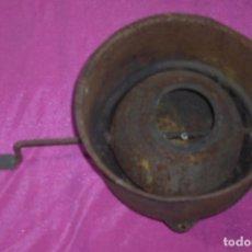 Antigüedades: ANTIGUO ASADOR DE CASTAÑAS P,ORIGEN ESPAÑOL. Lote 82026324