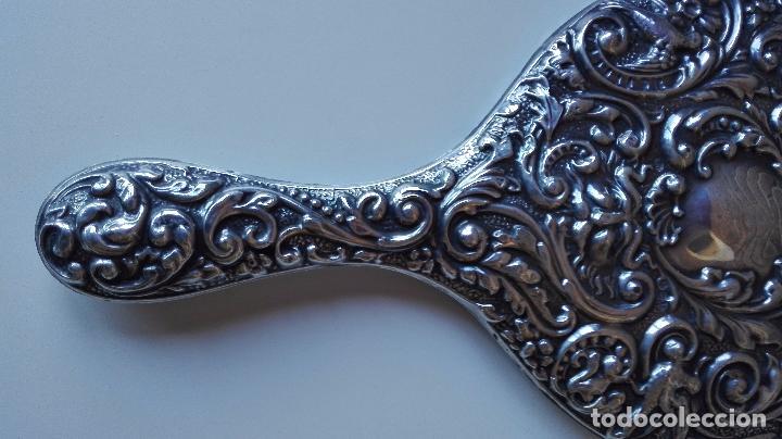 Antigüedades: Espejo de mano en Plata repujada. Finales del siglo XIX - Foto 5 - 82075472