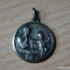 Antigüedades: ANTIGUA MEDALLA DE SAN JOSÉ Y EL NIÑO JESÚS. Lote 82083968