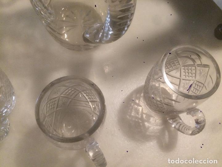 Antigüedades: Antigua jarra de cristal tallado a mano con 6 vasos a juego años 30-40 - Foto 18 - 82212596