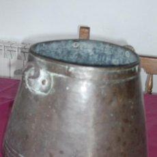 Antigüedades: OLLA O CALDERO ANTIGUO PARA COCINAR METAL HIERRO . Lote 82289992