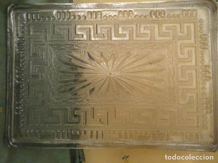 antigedades bandeja modernista cristal cenefa romana foto