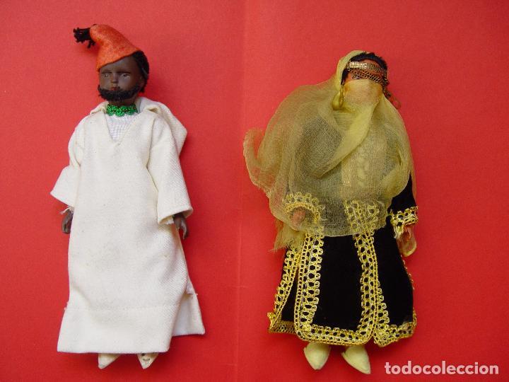 PAREJA MUÑECOS (MARRUECOS) AÑOS 50'S. SOUVENIRS, RECUERDOS. ORIGINALES ¡COLECCIONISTA! (Antigüedades - Hogar y Decoración - Figuras Antiguas)