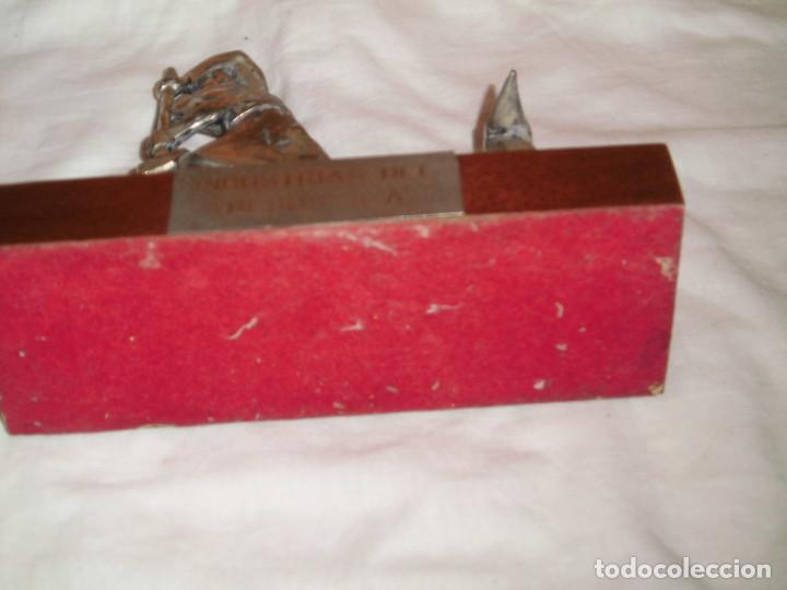 Antigüedades: SIDERURGIA INDUSTRIAS DEL BESOS S.A..FIGURA SOBRE PEDESTAL ESTAÑO CREO - Foto 12 - 82525856