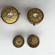 Antigüedades: CONJUNTO DE 4 GEMELOS ANTIGUOS EN METAL DORADO CON BRILLANTES. Lote 82615940