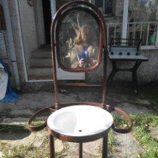 Antigüedades: MUEBLE CON PALANCANA ANTIGUO. Lote 82646448