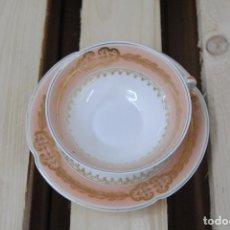 Antigüedades: TAZA Y PLATILLO PORCELANA DE LIMOGES. Lote 82771504
