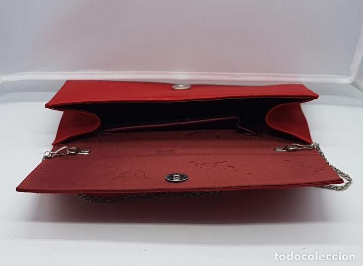 Antigüedades: Bolso de mano antiguo tipo coctel en rojo coral con aplicaciones de pedrería tornasoalada . - Foto 5 - 82943308