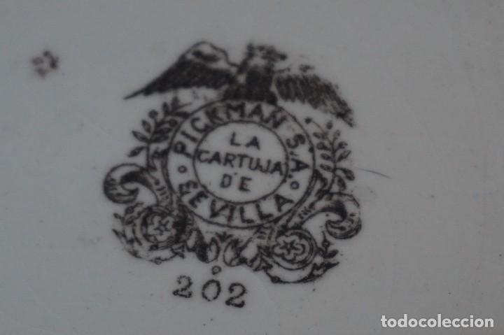Antigüedades: PLATO DECORATIVO CARTUJA DE SEVILLA PICKMAN 202 ( 26CM Ø ) - Foto 9 - 82951820
