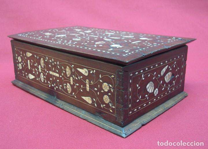 ARQUETA ARAGONESA DE TARACEA SIGLO XVII (Antigüedades - Muebles Antiguos - Bargueños Antiguos)