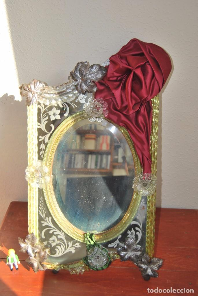 PRECIOSO ESPEJO VENECIANO - ADORNOS EN CRISTAL, METAL Y TELA -MODERNISMO -ART NOUVEAU -FINALES S.XIX (Antigüedades - Muebles Antiguos - Espejos Antiguos)