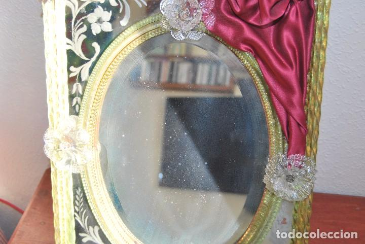Antigüedades: PRECIOSO ESPEJO VENECIANO - ADORNOS EN CRISTAL, METAL Y TELA -MODERNISMO -ART NOUVEAU -FINALES S.XIX - Foto 4 - 83051772