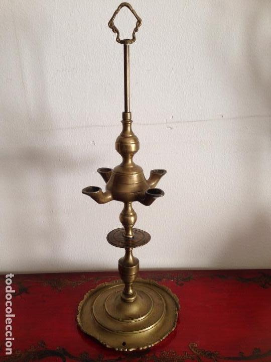 ANTIGÜO Y GRANDE VELÓN EN BRONCE (Antigüedades - Iluminación - Candelabros Antiguos)