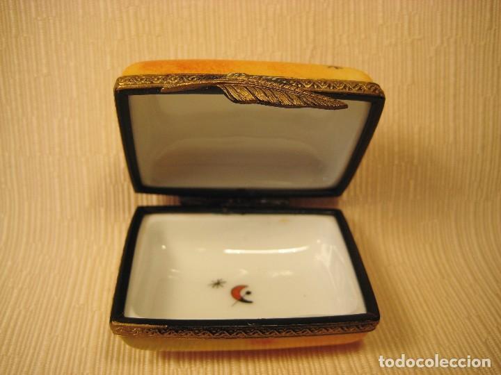 Antigüedades: Caja de porcelana de Limoges pintada a mano. Rectangular Miró - Foto 2 - 83134056