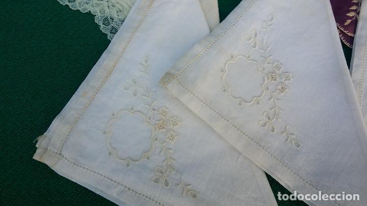 Antigüedades: 5 pañuelos bordados - Foto 2 - 83298244