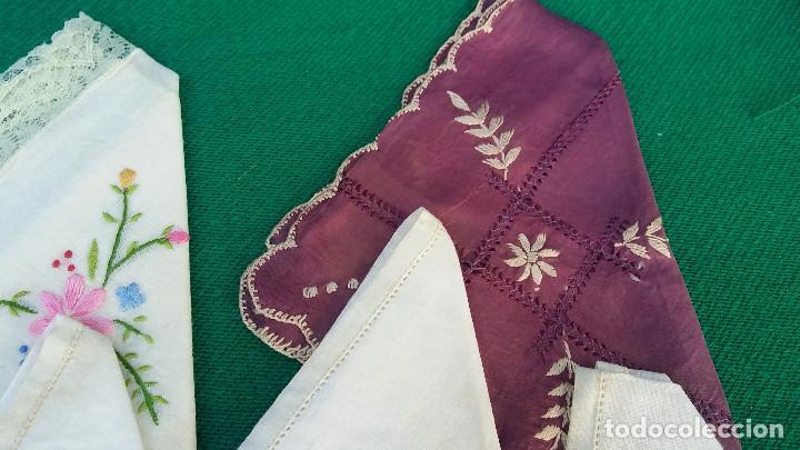 Antigüedades: 5 pañuelos bordados - Foto 3 - 83298244