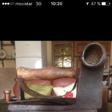 Antigüedades: PLANCHA ANTIGUA DE CARBON TIPO CHIMENEA. Lote 83333120
