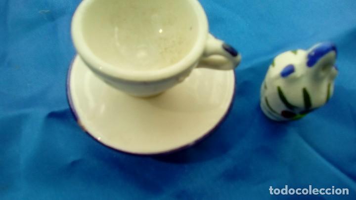 CONJUNTO DE CERAMICA ARTESANAL MANISES PINTADO A MANO TAZA PLATO Y BOTIJO (Antigüedades - Porcelanas y Cerámicas - Manises)