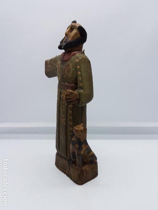 Antigüedades: Antigua talla de fraile en madera policromada a mano de estilo renacentista. - Foto 2 - 83424876