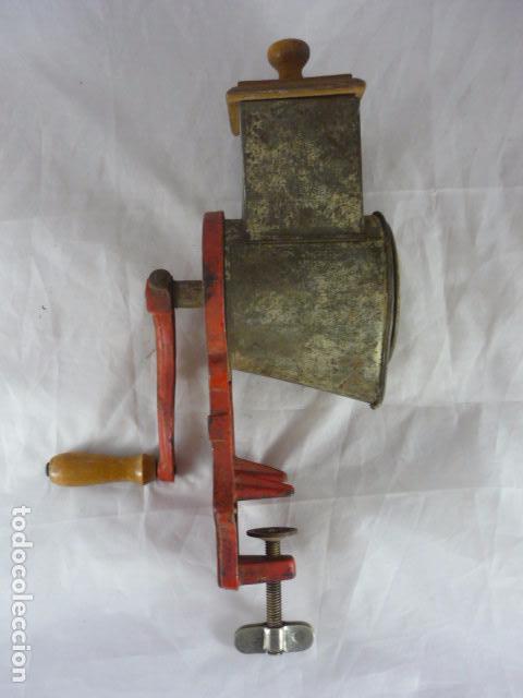 Antigüedades: Rallador Pan Elma 1430B - Foto 2 - 83427448