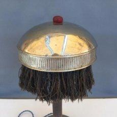 Antigüedades: LAMPARA MODERNISTA PEQUEÑA MUY ANTIGUA PRINCIPIOS SIGLO XX EN METAL NIQUELADO MADERA Y BAQUELITA. Lote 83432016