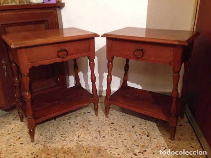 pareja de antigüas mesitas de noche en madera p - Comprar Mesas ...