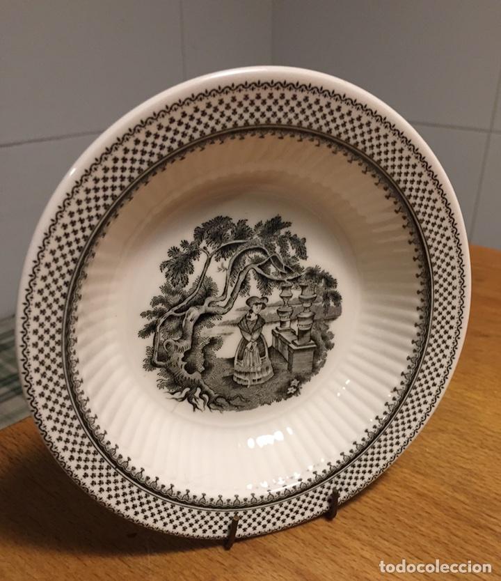 PLATO PORCELANA WEDGWOOD INGLESA ADAMS MENUE (Antigüedades - Porcelanas y Cerámicas - Inglesa, Bristol y Otros)