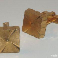 Antigüedades: GEMELOS EN METAL DORADO . Lote 83527580
