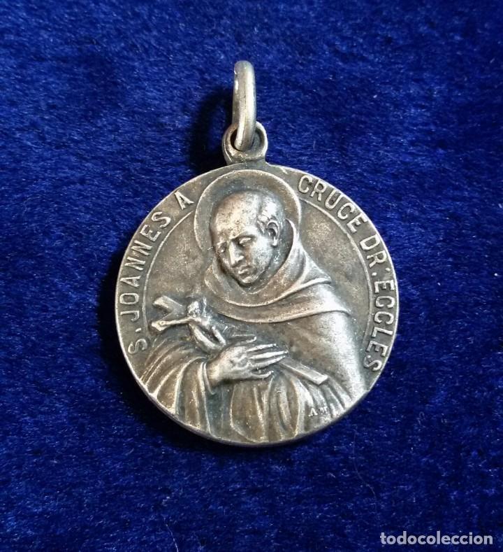 MEDALLA RELIGIOSA PLATA S.JOANNES A CRUCE DR.ECCLES 1726-1926 (Antigüedades - Religiosas - Medallas Antiguas)