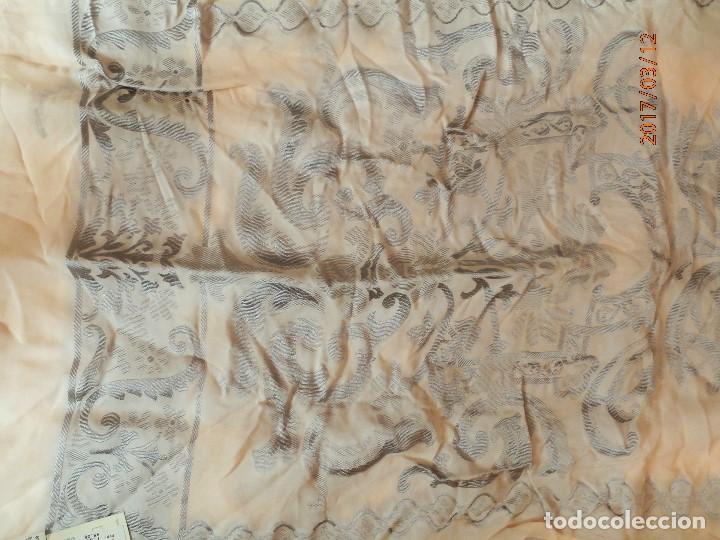Antigüedades: ANTIGUO CHAL FULAR de EL CORTE INGLES. SEDA. SIN ESTRENAR ETIQUETA 7500 PTA - Foto 4 - 83723208