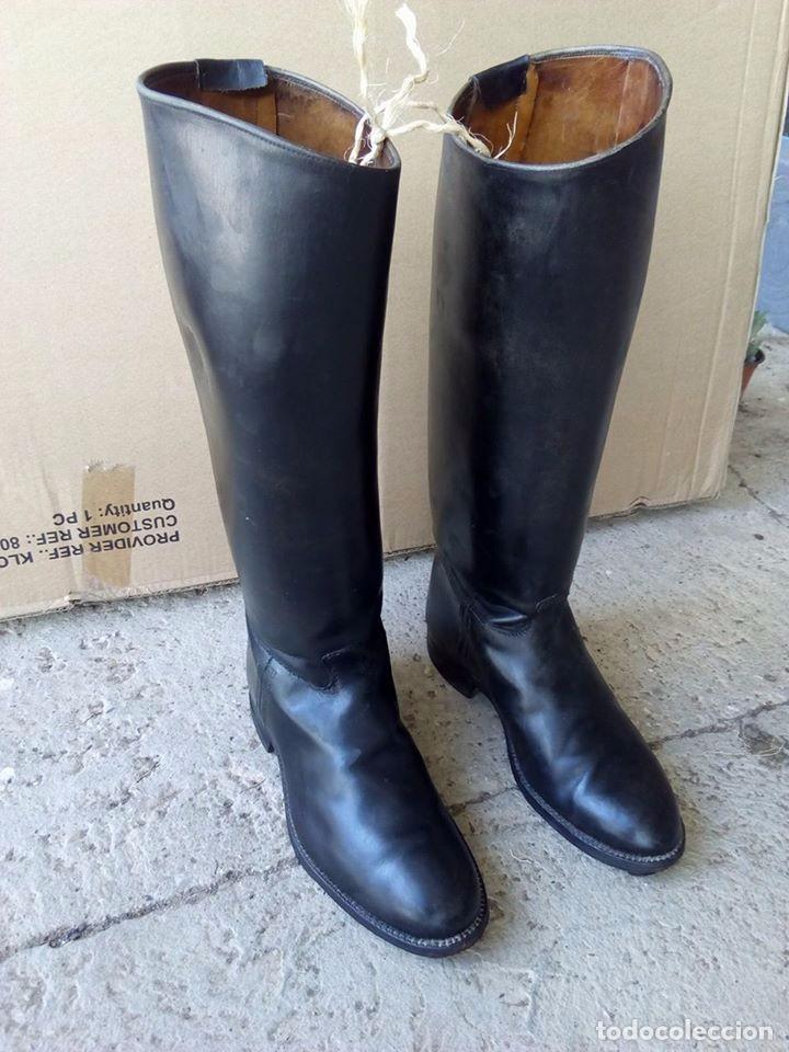 Antigüedades: botas antiguas de montar a caballo piel - Foto 3 - 83725556