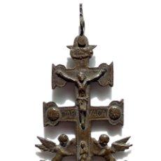 Antigüedades: CRUZ DE CARAVACA EN BRONCE S XVIII 13,5 CM DE ALTO - PERFECTO ESTADO PRECIOSA PATINA. Lote 83913000