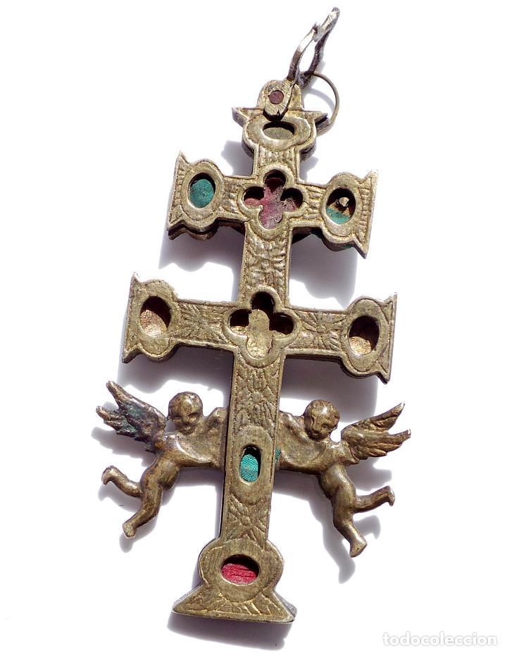 Antigüedades: CRUZ DE CARAVACA EN BRONCE S XVIII 13,5 CM DE ALTO - Foto 3 - 83913812