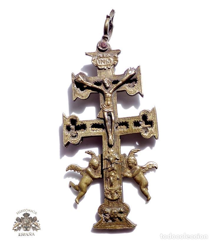 CRUZ DE CARAVACA EN BRONCE S XVIII 15 CM DE ALTO (Antigüedades - Religiosas - Crucifijos Antiguos)