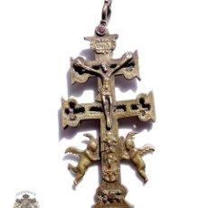 Antigüedades: CRUZ DE CARAVACA EN BRONCE S XVIII 15 CM DE ALTO. Lote 83918224