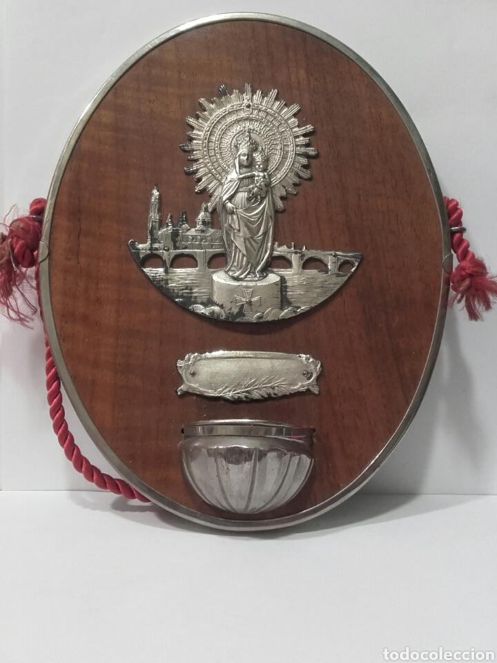 Antigüedades: Antigua benditera de la Virgen del Pilar, metal plateado .Medidas 20 x 16 cm - Foto 2 - 83937074