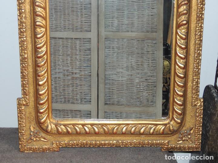 Antigüedades: ESPEJO ANTIGUO DE MADERA CON ADORNOS EN ESCAYOLA - Foto 4 - 84056344