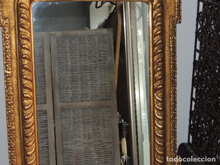 Antigüedades: ESPEJO ANTIGUO DE MADERA CON ADORNOS EN ESCAYOLA - Foto 6 - 84056344