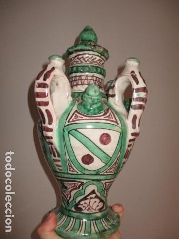 CURIOSO Y RARO BOTIJO CON 4 PITOROS Y 4 ASAS, FIRMADO: PUNTER R 56 - TERUEL - 38 CM DE ALTO (Antiquitäten - Porzellan und Keramik - Teruel)