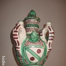 Antigüedades: CURIOSO Y RARO BOTIJO CON 4 PITOROS Y 4 ASAS, FIRMADO: PUNTER R 56 - TERUEL - 38 CM DE ALTO. Lote 84131508
