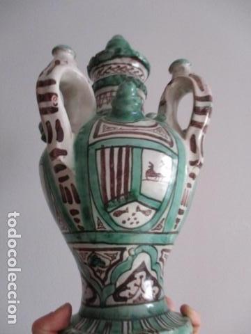 Antiquitäten: Curioso y raro botijo con 4 pitoros y 4 asas, Firmado: PUNTER R 56 - TERUEL - 38 CM DE ALTO - Foto 9 - 84131508