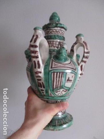 Antiquitäten: Curioso y raro botijo con 4 pitoros y 4 asas, Firmado: PUNTER R 56 - TERUEL - 38 CM DE ALTO - Foto 10 - 84131508