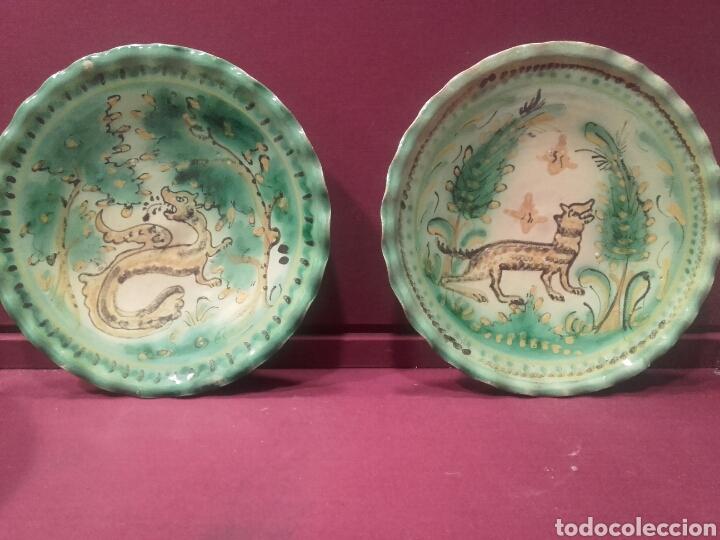 PAREJA DE PLATOS DE PUENTE DEL ARZOBISPO. (Antigüedades - Porcelanas y Cerámicas - Puente del Arzobispo )