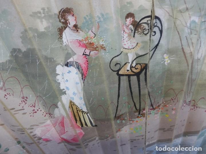 Antigüedades: -Precioso abanico en hueso o marfil, con país de tela, pintado a mano: Dama. S XIX - Foto 2 - 84249284