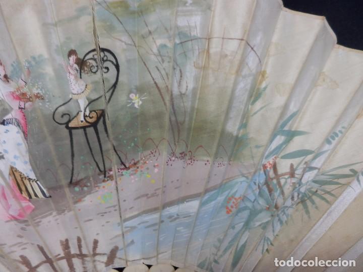 Antigüedades: -Precioso abanico en hueso o marfil, con país de tela, pintado a mano: Dama. S XIX - Foto 10 - 84249284